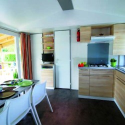 Mobil home 6 personnes 3 chambres cuisine
